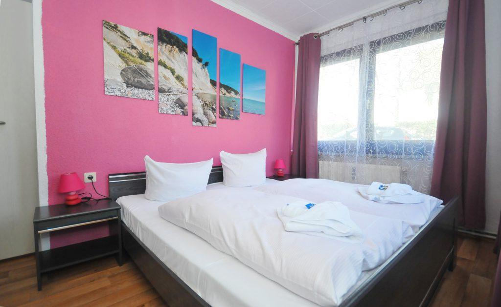 Ferienwohnung_rechts_Schlafzimmer